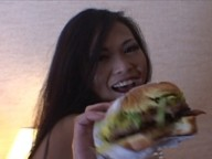 Vidéo porno mobile : If your want your Asian burger, fuck her!